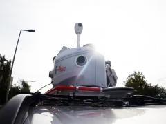 Leica Pagasus Two Ultimate-Mit bis zu 80km/h durch Stadt, Land, Fluß.